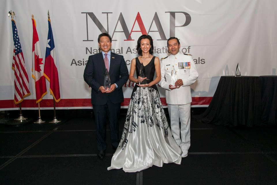 2015 NAAAP 100 Award Honorees. Photo courtesy of Sam Hsu.